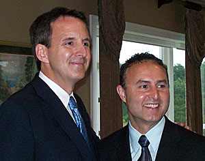 Pawlenty poses for photo with GOP congressional candidate Ben Lange